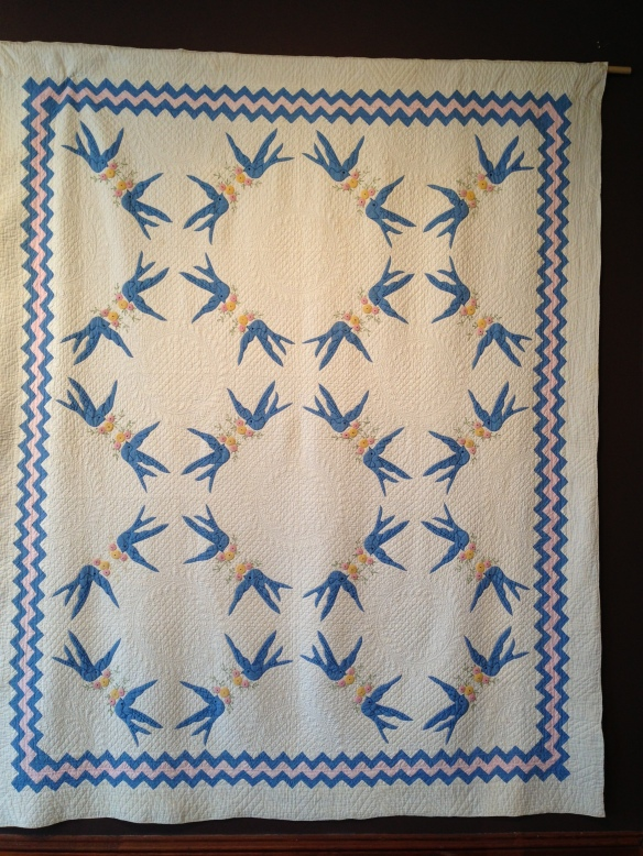 Applique Blue Birds, Mary Hammer Faulders, circa 1930. Donated by Bromleigh and Mary Louise Lamb. Courtesy the Latimer Quilt & Textile Center.