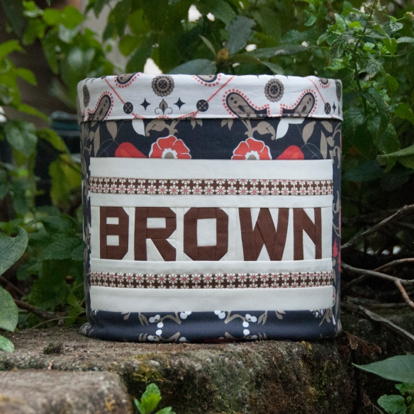 BROWN Bucket